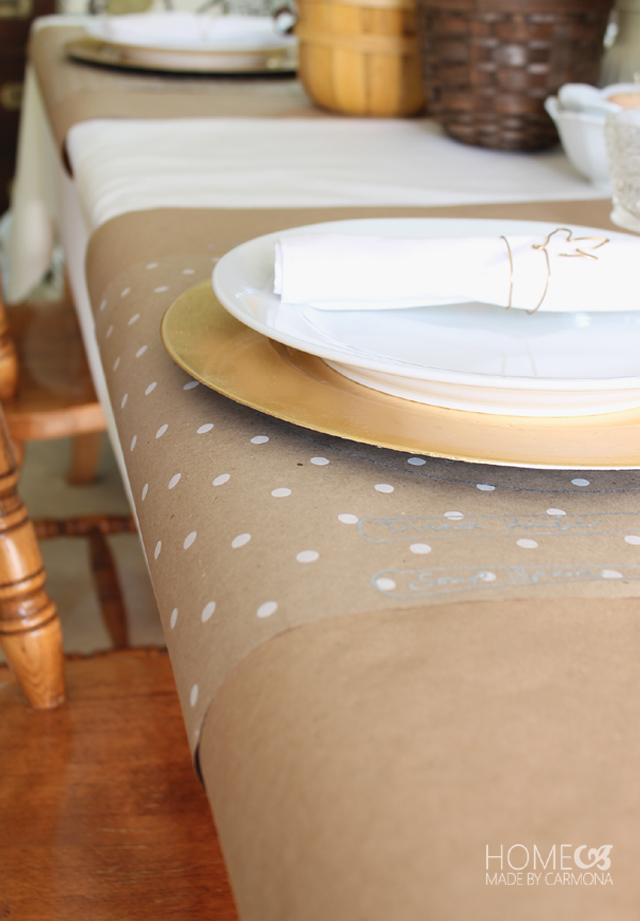 Paper roll as table cloth