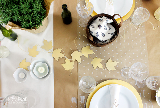 Thanksgiving_dinner_game_and_decor