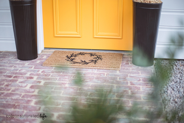 Colour Saturated Life   a tutorial showing you how to create a simple wreath doormat