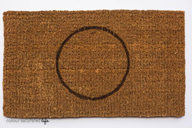 Colour Saturated Life | Step-by-step tutorial on painting a coir doormat
