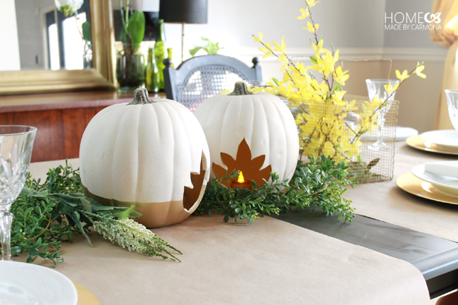 Thanksgiving pumpkin table setting