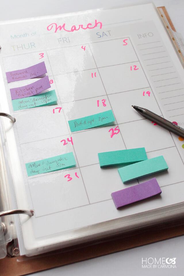 Erasable Calendar with Post-It Notes