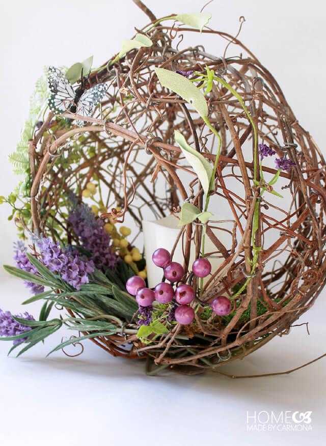 Peekaboo Basket Wreath