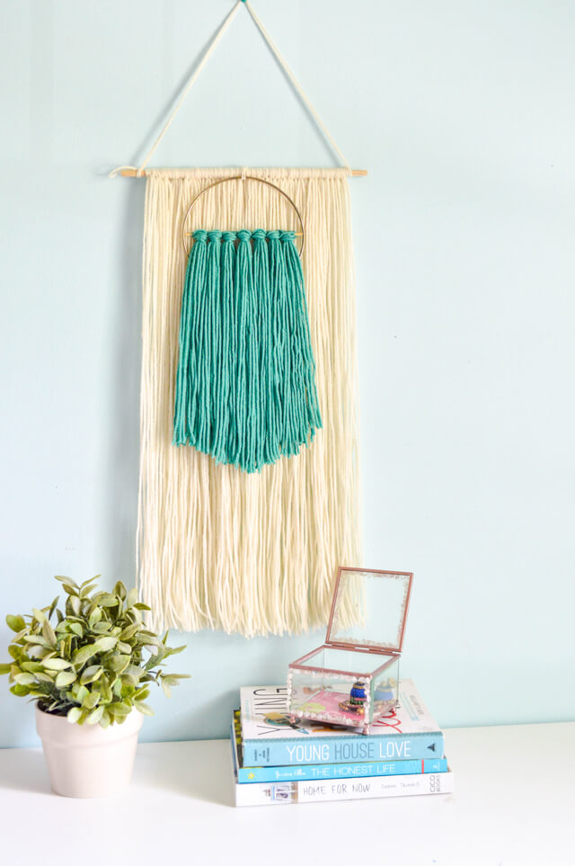 Easy Yarn Marcrame Wall Hanging