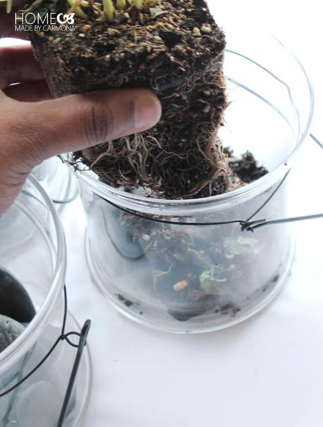Hanging garden - adding the soil