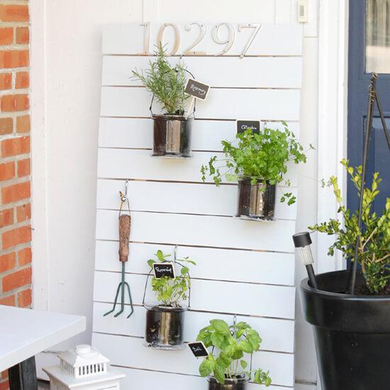 Vertical Hanging Garden - 550