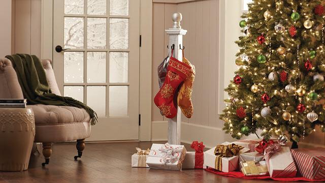 holiday-stocking-diy-workshop-virtual-party