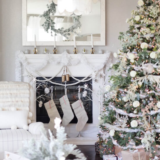 bohemain-glam-christmas-home-tour-iris-nacole-living-room-24