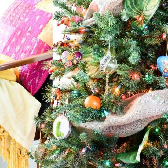 casa-watkins-living-colorful-global-christmas-tree