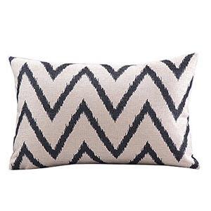Geometric throw pillow -06
