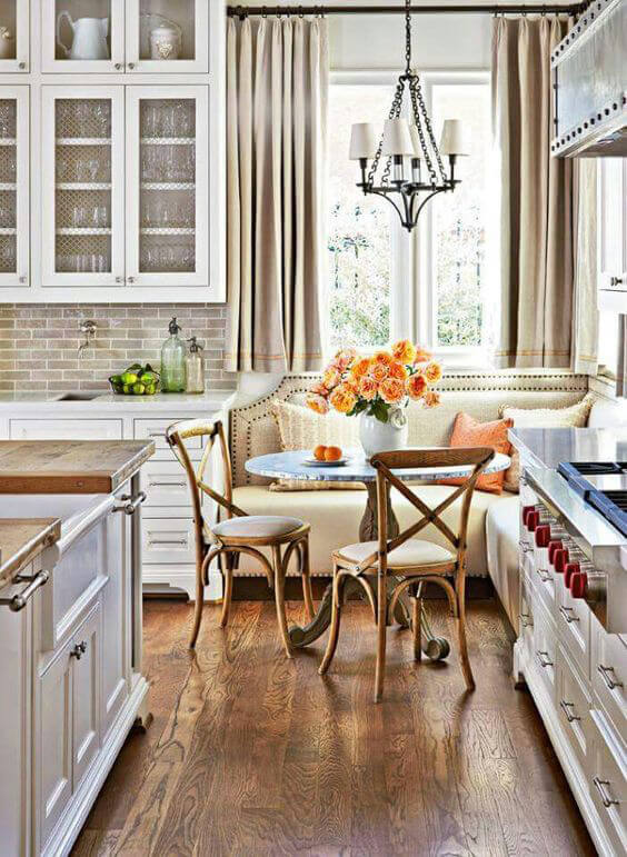 Midwest Living - kitchen dinette