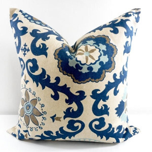 Traditional pillow -03