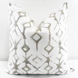 Transitional pillow - 02