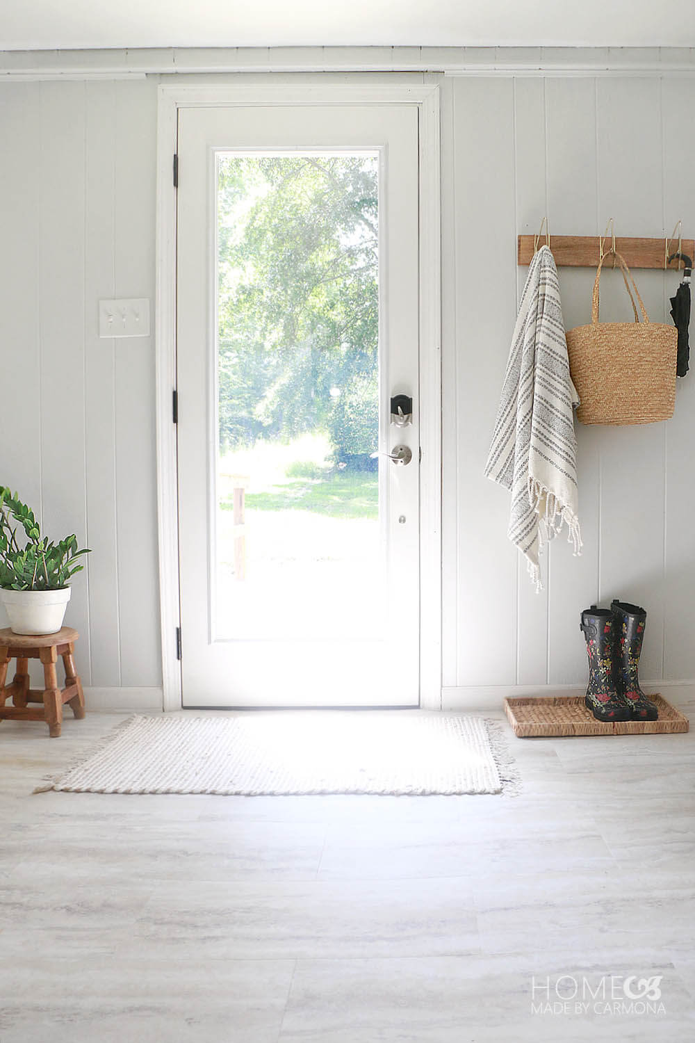 Entryway Makeover - 3 simple changes
