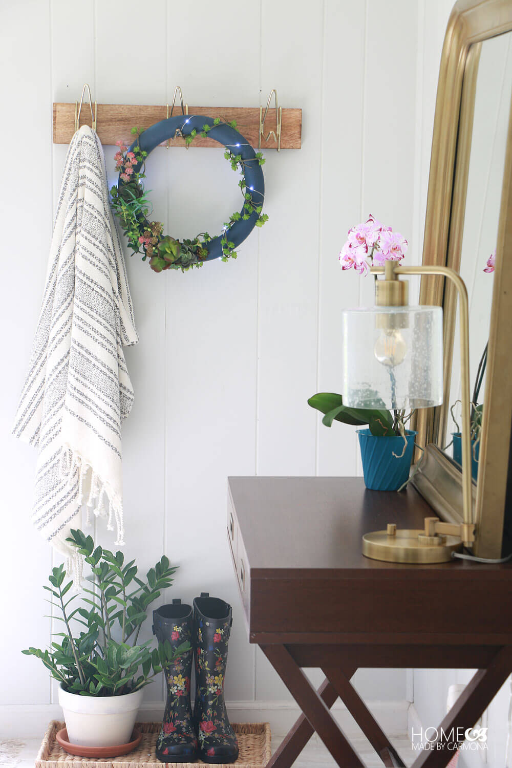 Cottage-Entryway