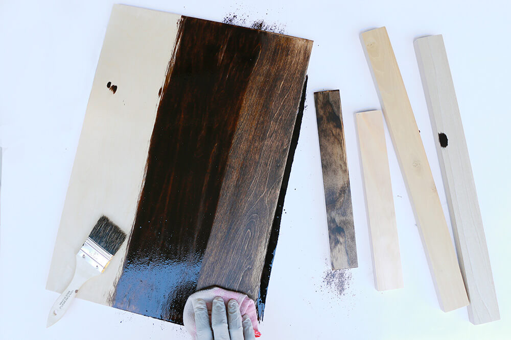Stain-tray-and-pieces