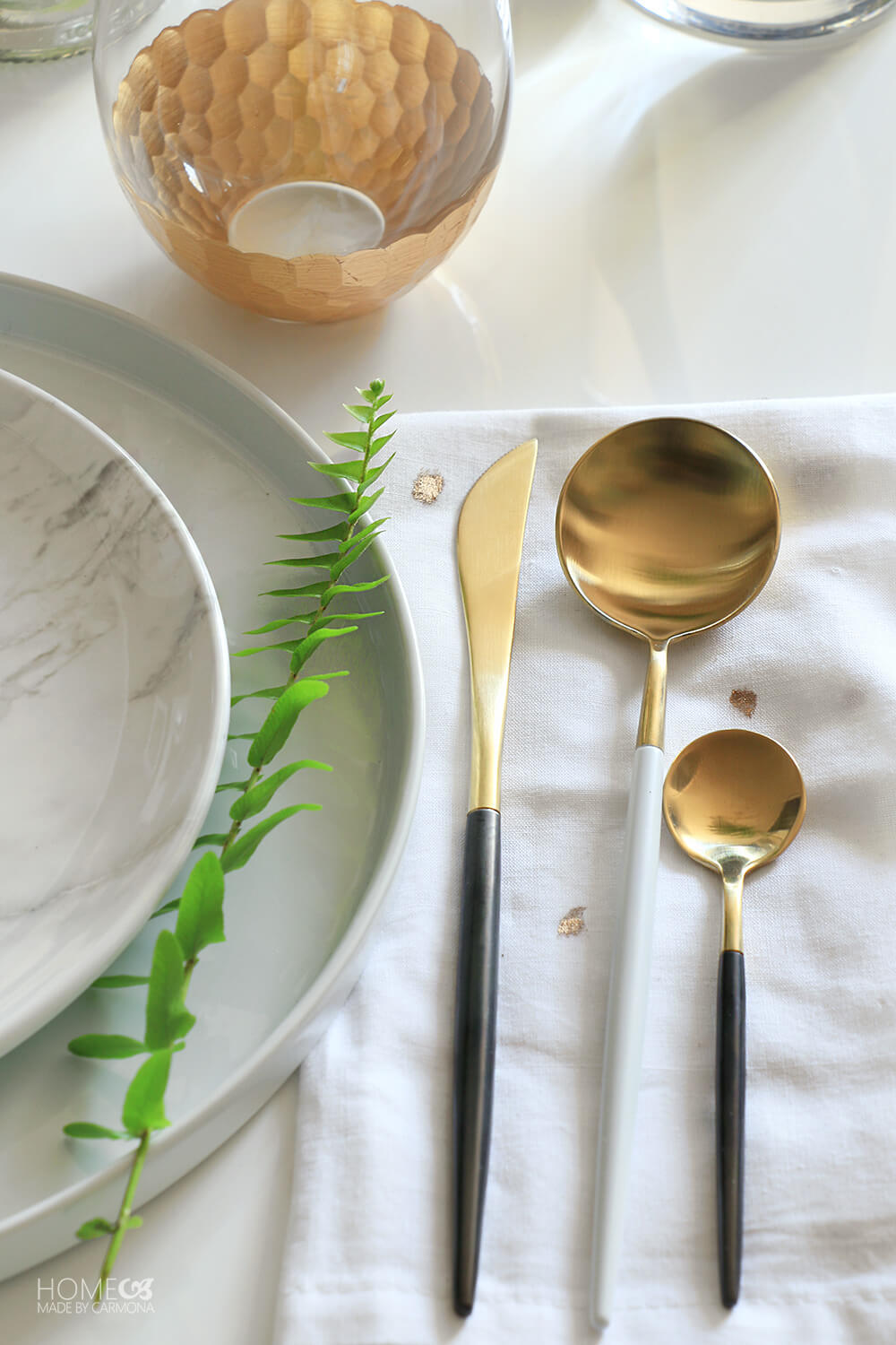 Gorgeous-Gold-Marble-Dinnerware