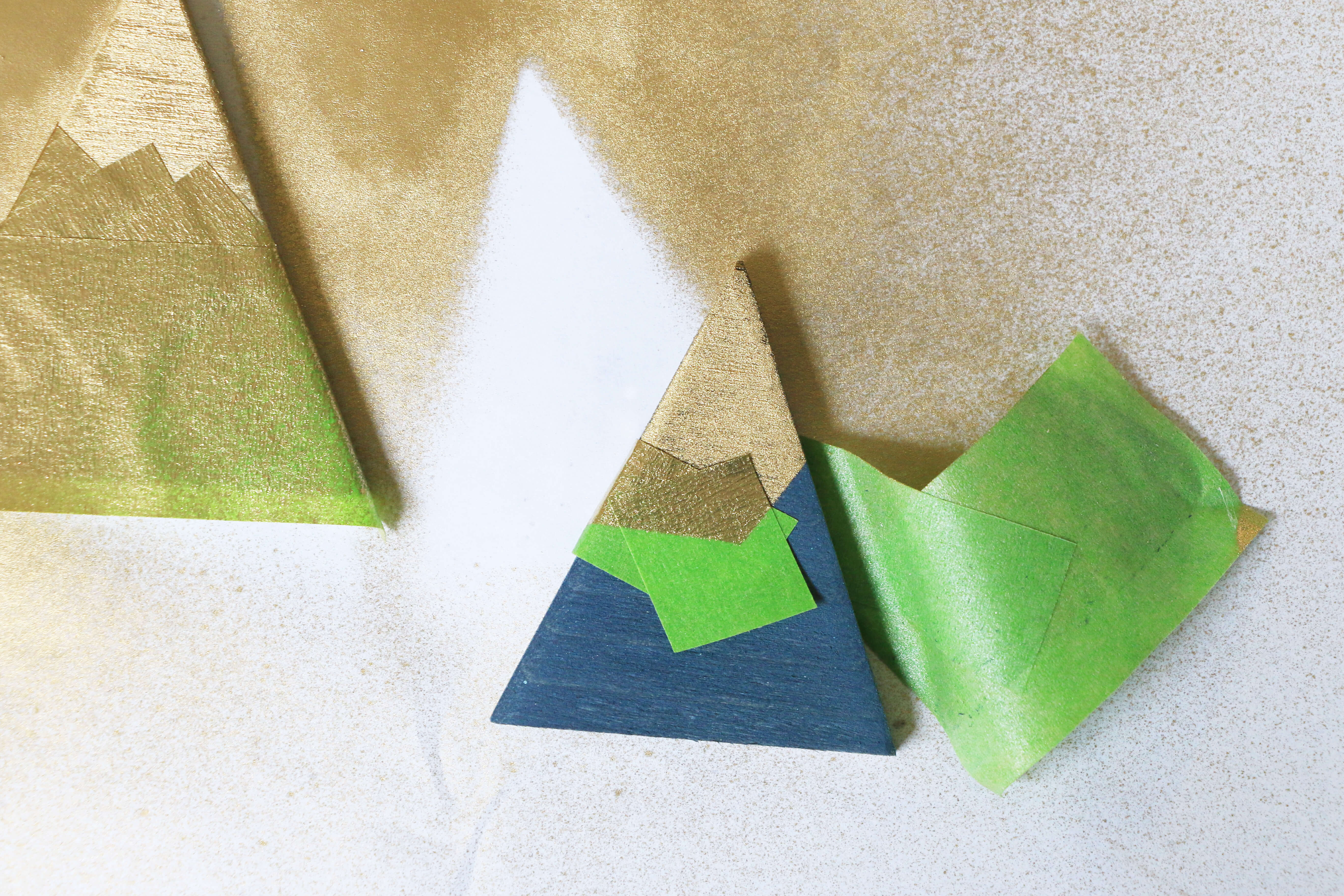 Remove-tape-from-mountains