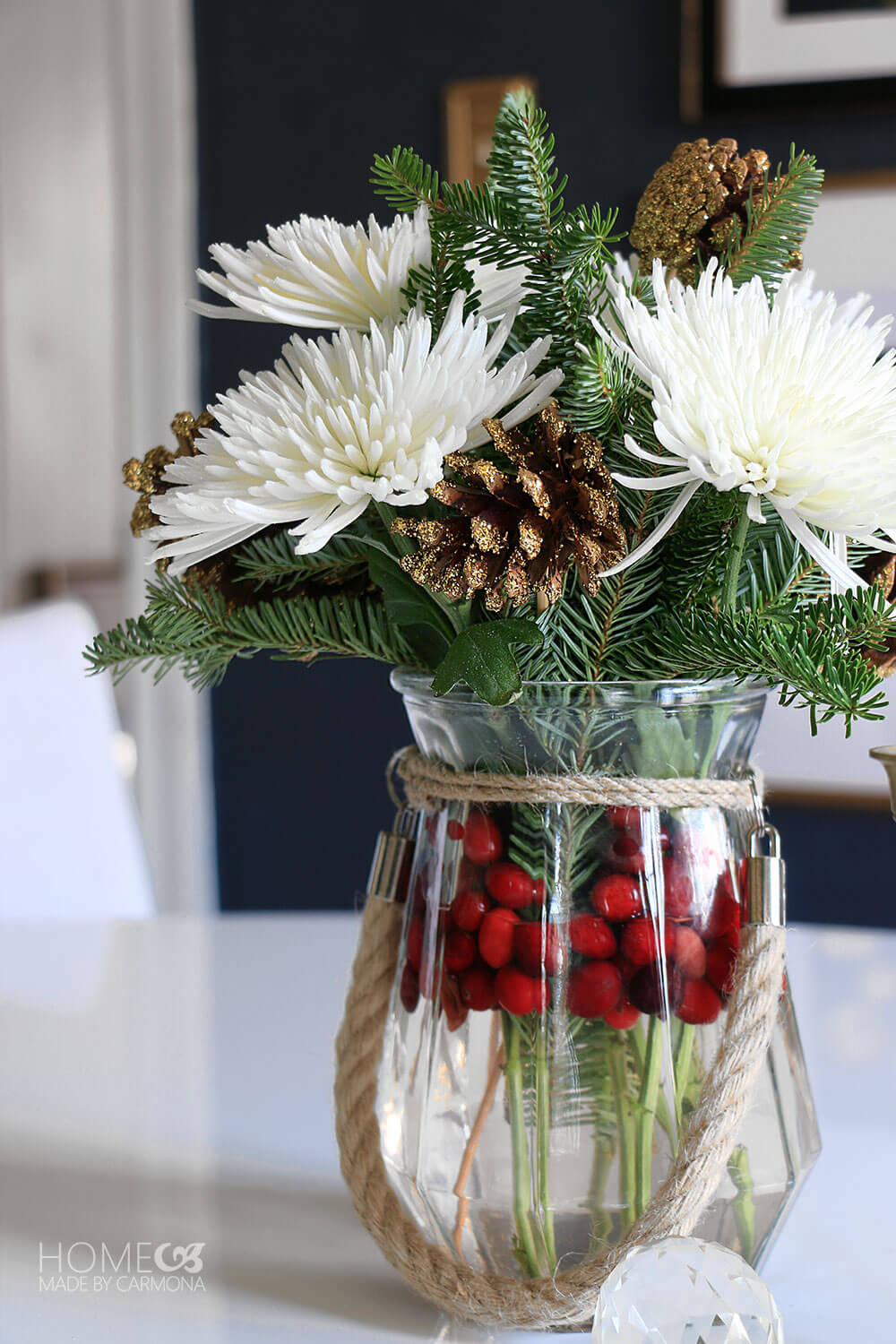 Holiday-Floral-Arrangement
