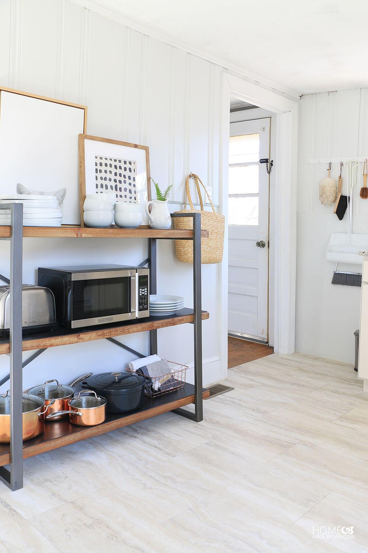 Cottage-Kitchen-on-Airbnb