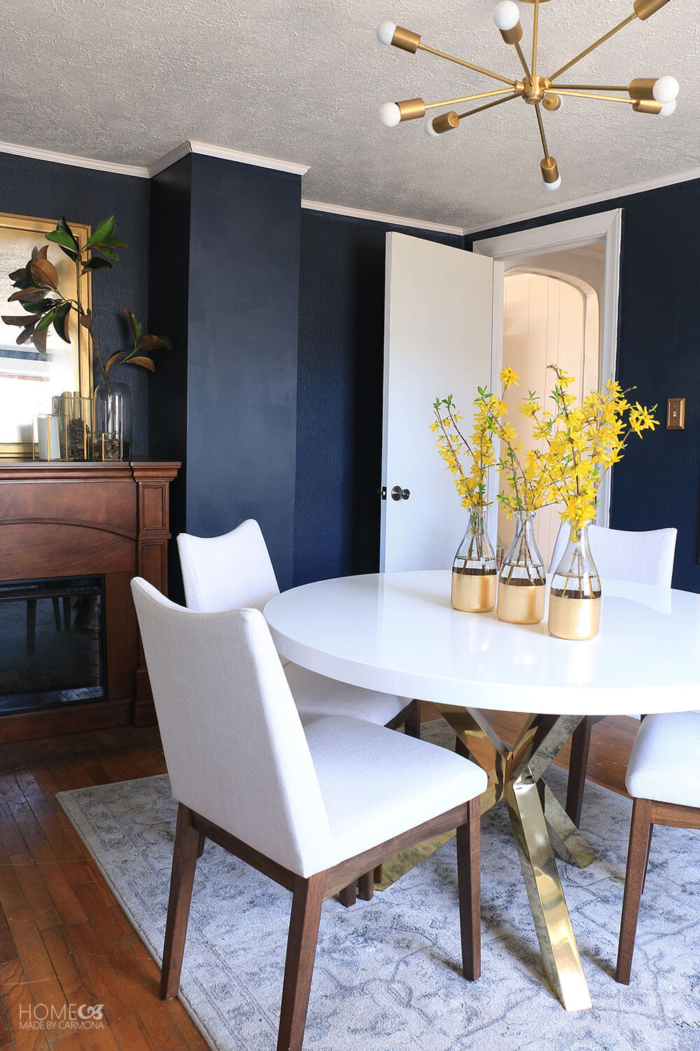 Dramatic-Blue-Dining-Rooms