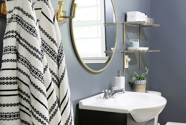 Small-Bathroom-makeover-FI