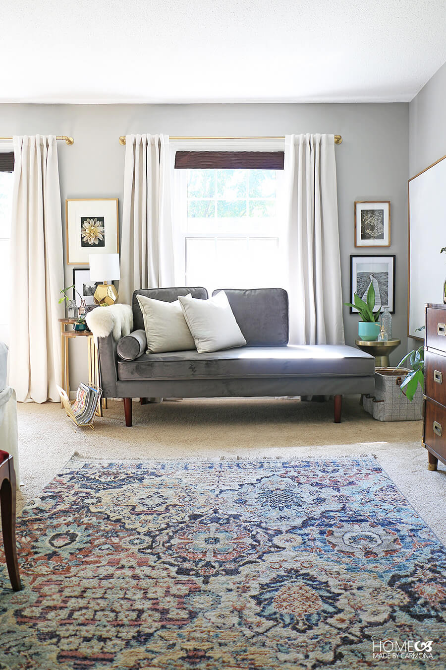 BHG-Chaise-lounge-in-styled-room