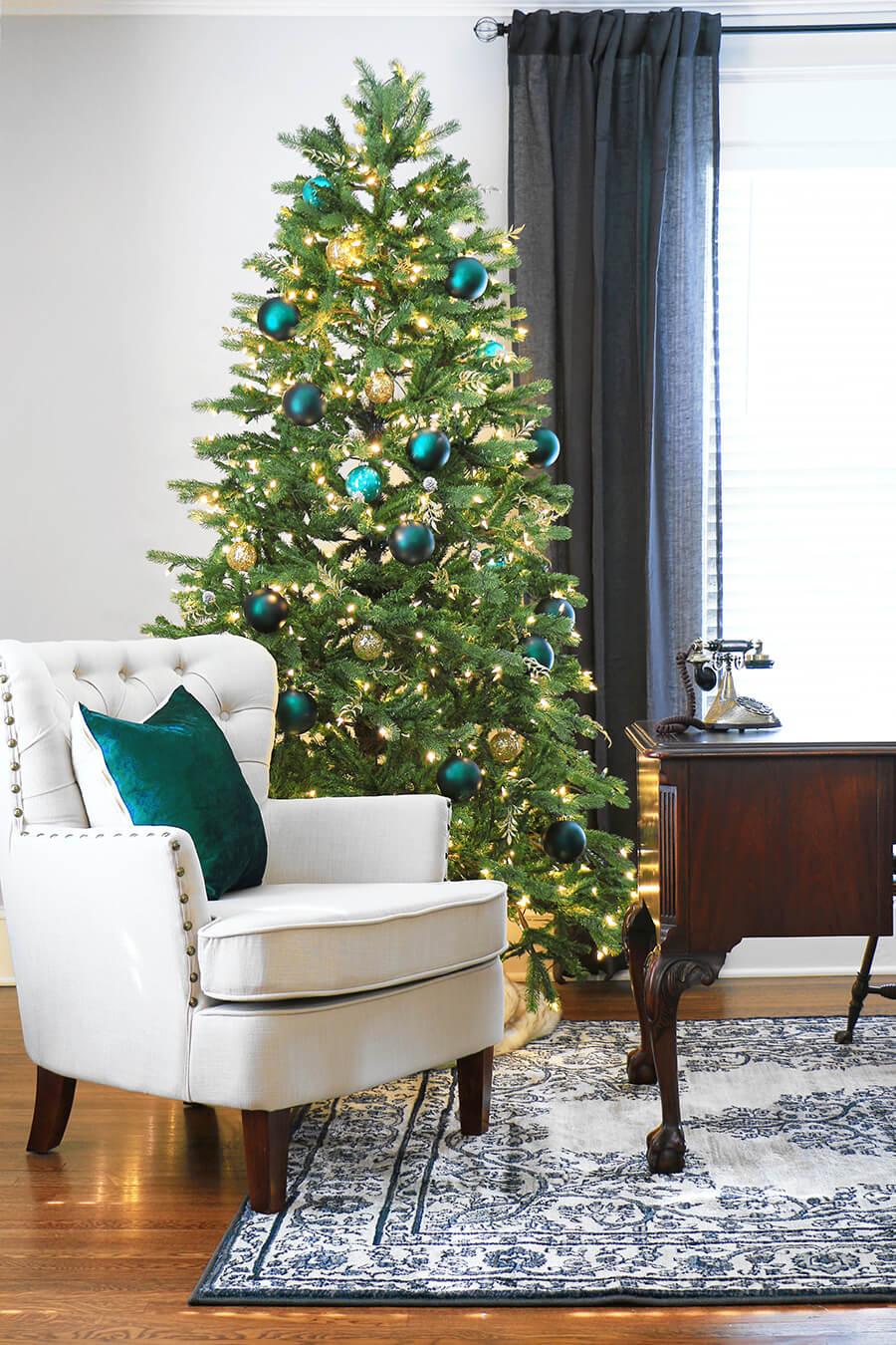At-Home-Christmas-Tree