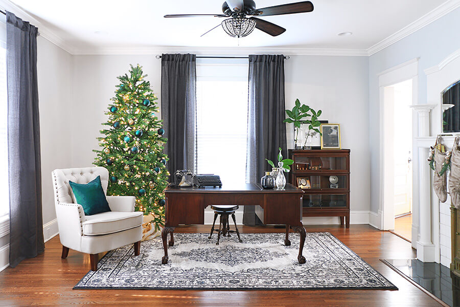 Office-with-vintage-desk-and-holiday-decor