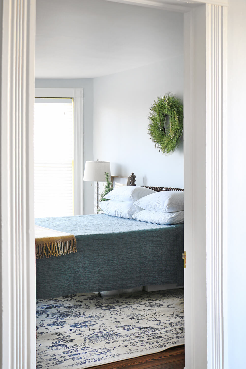 Guest bedroom with wreath