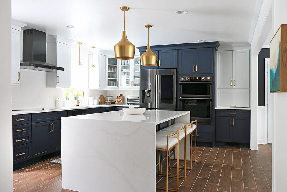 Styled-Kitchen-with-two-toned-cabinets