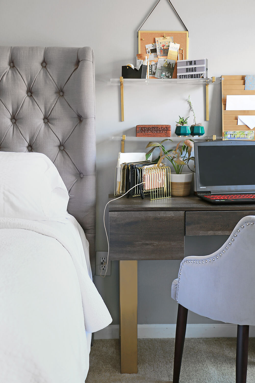 Desk-in-bedroom