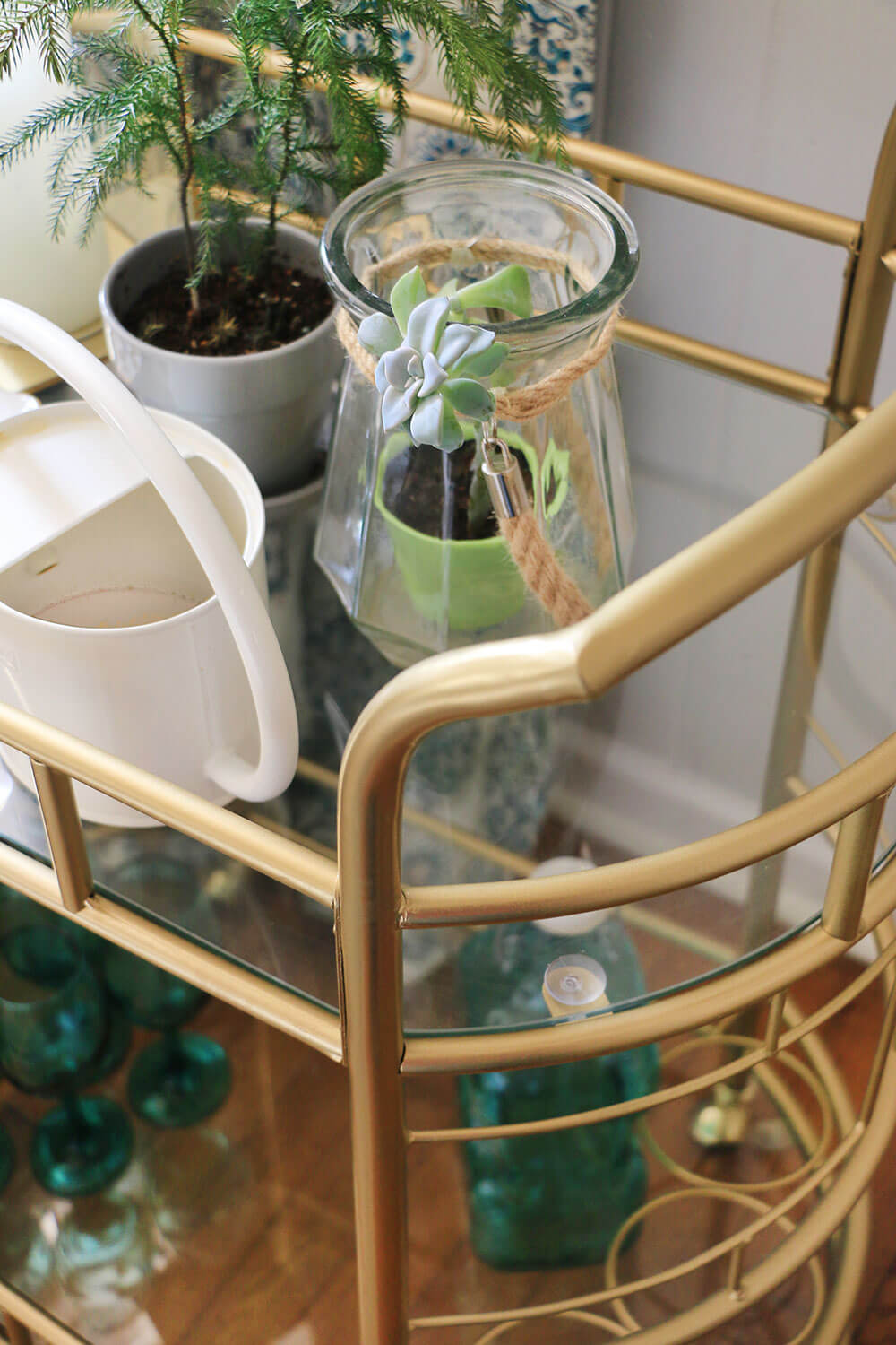 Bar-cart-with-plants