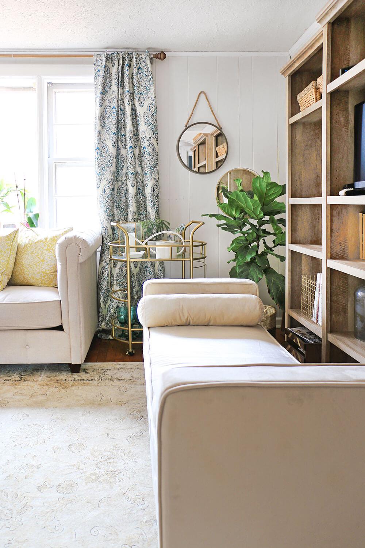 Serving-Cart-in-Living-Room