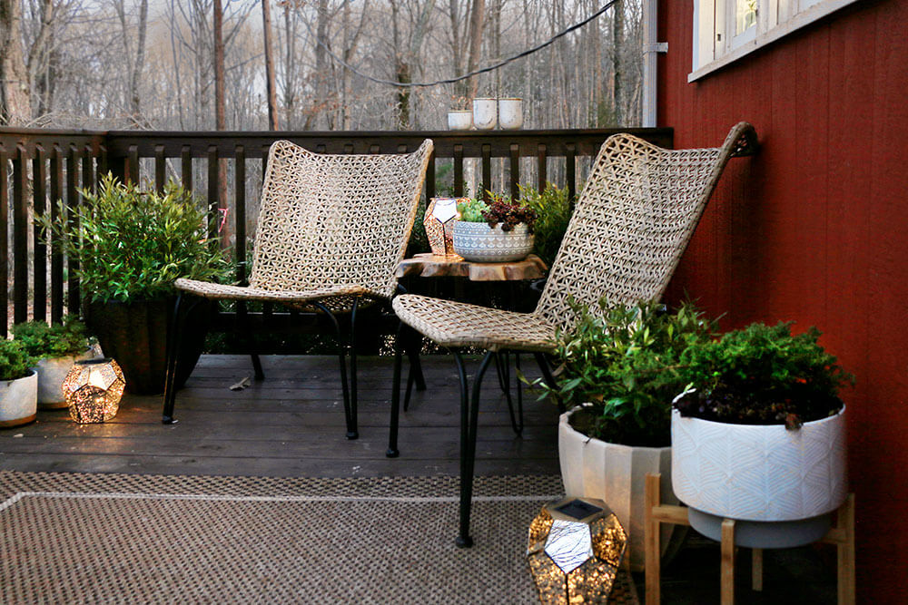 Deck-at-golden-hour-with-solar-lights