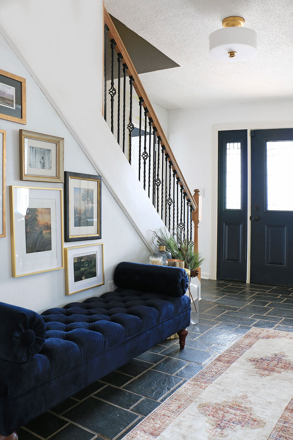 Entry-Hallway-with-bench