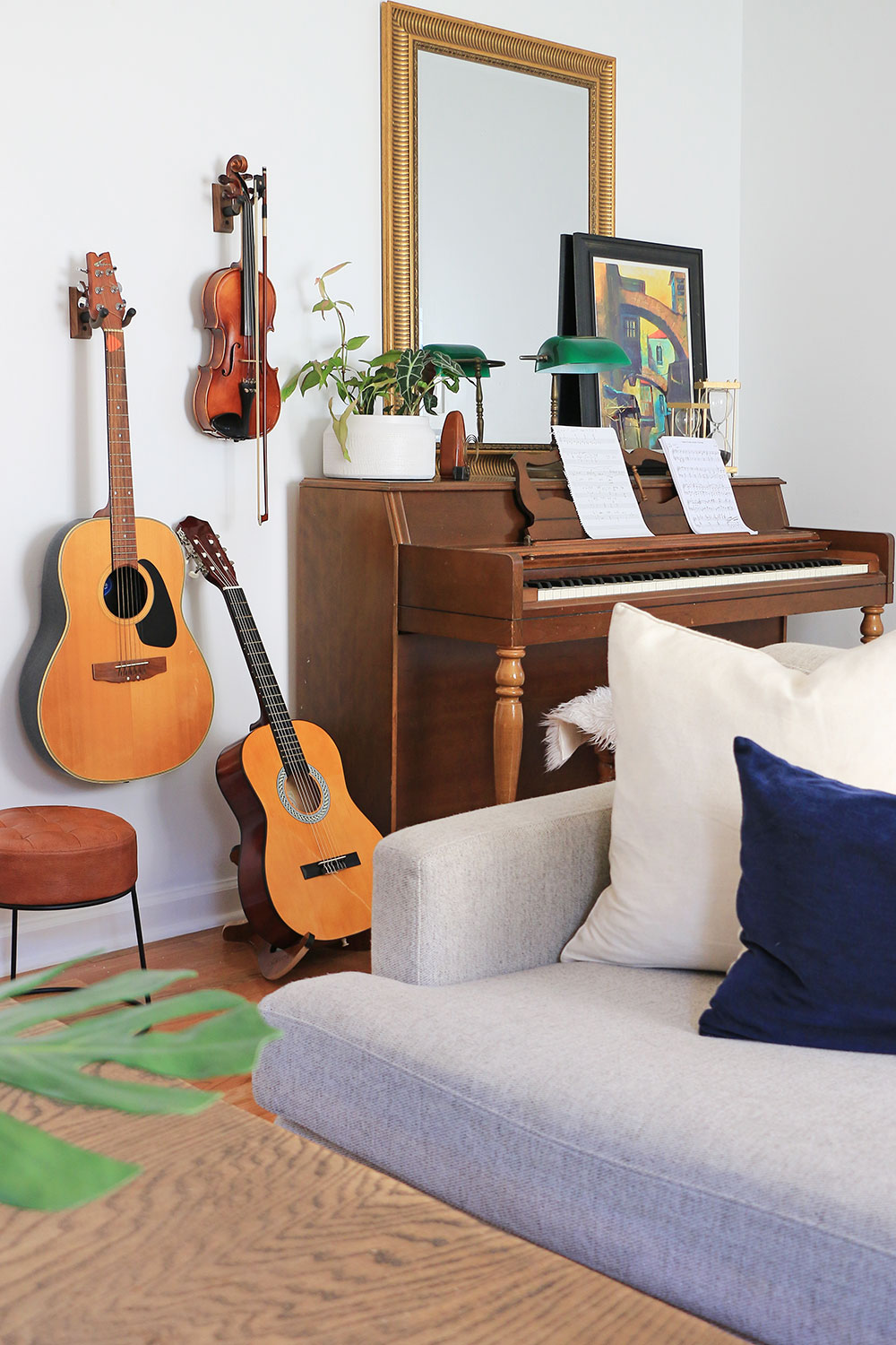 Music-room-with-guitars-and-piano