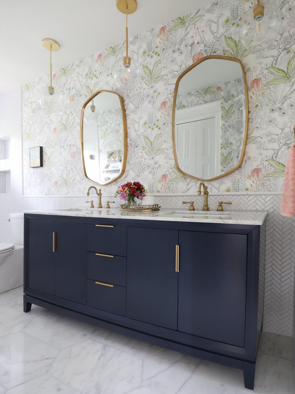 KristinLaing - bathroom reveal