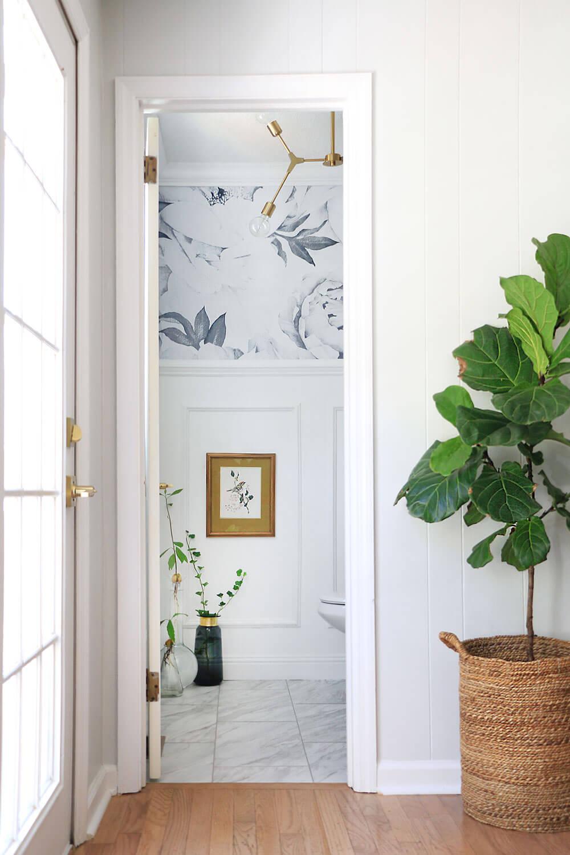 Bathroom-view-through-the-door